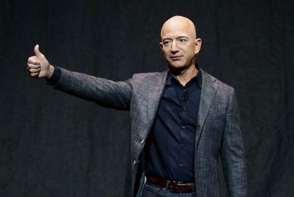 Frases para un emprendedor de Jeff Bezos, fundador de Amazon